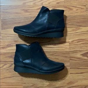 Clarks Cloud Steppers Ankle Boots